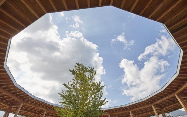 露天の屋根